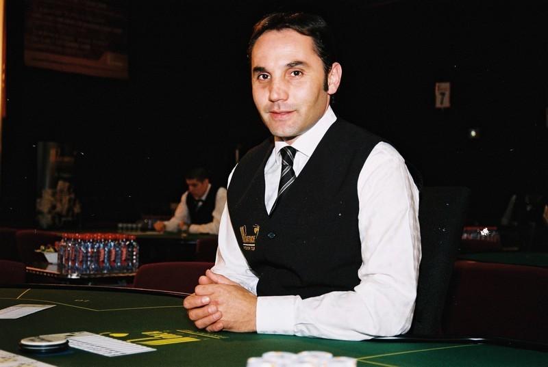 Keterampilan yang dibutuhkan bagi seorang Dealer kasino