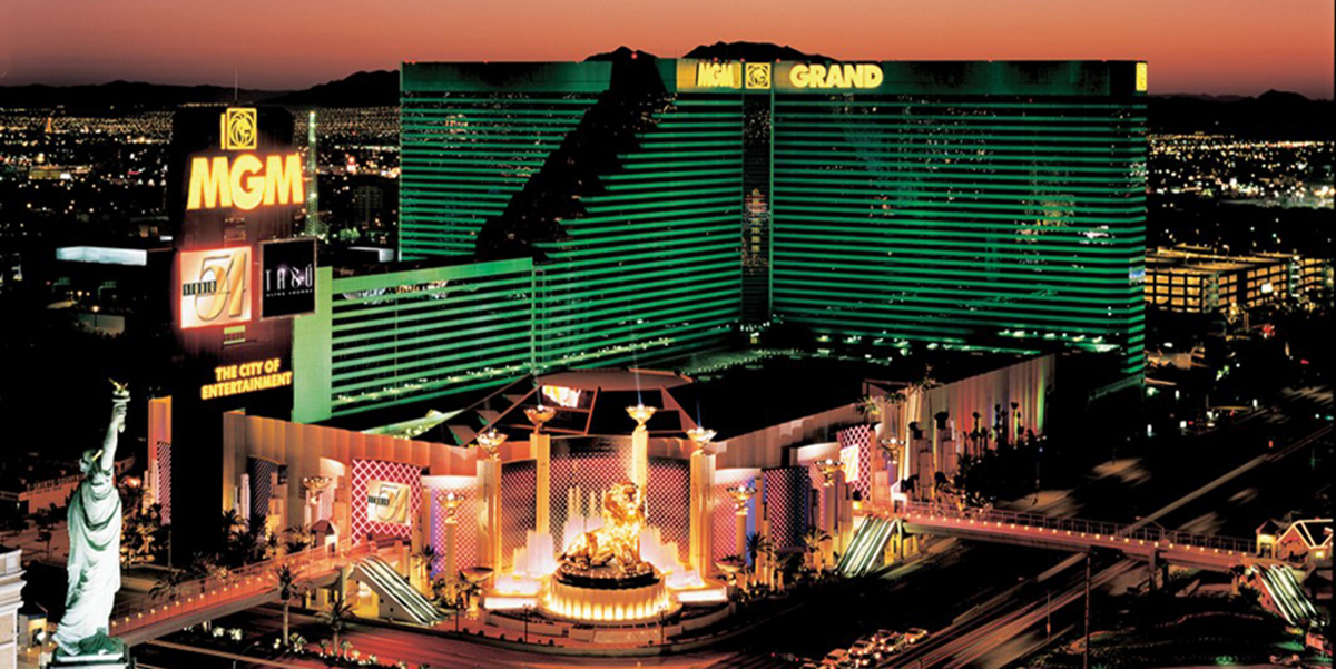 MGM Grand Las Vegas merupakan kasino sekalian hotel yang terletak di Las Vegas Strip