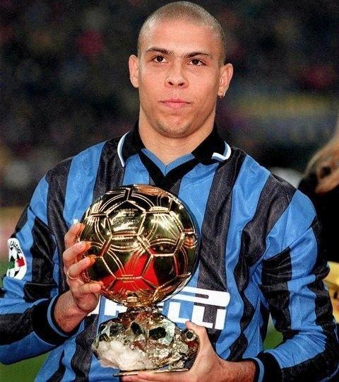 Siapa Lebih Hebat?Ronaldo Luis Nazario atau Cristiano Ronaldo?