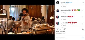 Mohamed Salah Buat Kejutan Kecil di Sebuah Pom Bensin! 1