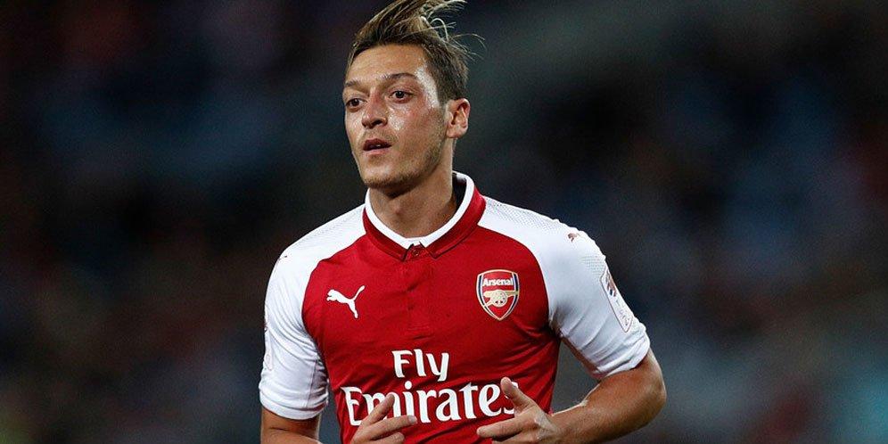 Alasan Mesut Ozil Tidak Dimainkan